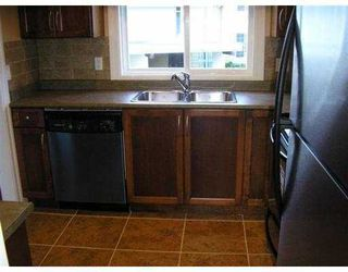 """Photo 6: 20 5330 BROADWAY BB in Burnaby: Parkcrest Townhouse for sale in """"CREEKSIDE MANOR"""" (Burnaby North)  : MLS®# V643083"""