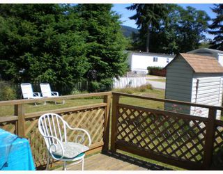 "Photo 5: 70 1413 HIGHWAY 101 BB in Gibsons: Gibsons & Area Manufactured Home for sale in ""THE POPLARS"" (Sunshine Coast)  : MLS®# V643850"