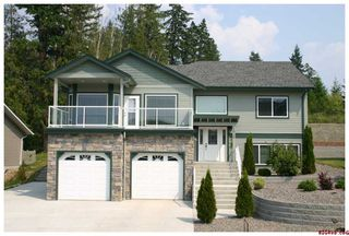 Photo 1: 1920 - 24th Street S.E. in Salmon Arm: Lakeview Meadows Residential Detached for sale : MLS®# 10014760