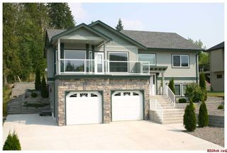 Photo 2: 1920 - 24th Street S.E. in Salmon Arm: Lakeview Meadows Residential Detached for sale : MLS®# 10014760