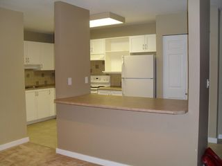 "Photo 3: 228 2700 MCCALLUM RD in ABBOTSFORD: Central Abbotsford Condo for rent in ""THE SEASONS"" (Abbotsford)"