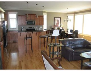 """Photo 7: 2300 MCTAVISH Road in Prince_George: Aberdeen House for sale in """"ABERDEEN"""" (PG City North (Zone 73))  : MLS®# N175696"""