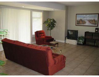 """Photo 9: 2300 MCTAVISH Road in Prince_George: Aberdeen House for sale in """"ABERDEEN"""" (PG City North (Zone 73))  : MLS®# N175696"""