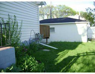 Photo 3: 661 INGERSOLL Street in WINNIPEG: West End / Wolseley Residential for sale (West Winnipeg)  : MLS®# 2809142