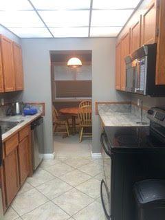 Photo 3: 203 8149 111 Street in Edmonton: Zone 15 Condo for sale : MLS®# E4169232