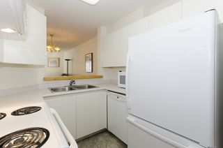 """Photo 14: 313 509 CARNARVON Street in New Westminster: Downtown NW Condo for sale in """"HILLSIDE PLACE"""" : MLS®# R2400748"""