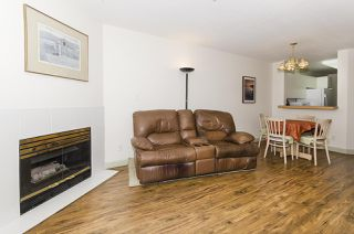 """Photo 10: 313 509 CARNARVON Street in New Westminster: Downtown NW Condo for sale in """"HILLSIDE PLACE"""" : MLS®# R2400748"""