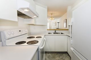 """Photo 13: 313 509 CARNARVON Street in New Westminster: Downtown NW Condo for sale in """"HILLSIDE PLACE"""" : MLS®# R2400748"""