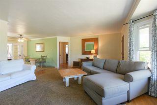 Photo 9: OCEANSIDE House for sale : 3 bedrooms : 1023 Vista Way