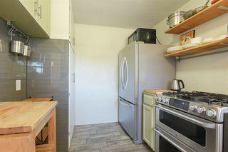 Photo 12: OCEANSIDE House for sale : 3 bedrooms : 1023 Vista Way