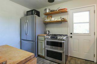 Photo 13: OCEANSIDE House for sale : 3 bedrooms : 1023 Vista Way