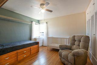 Photo 19: OCEANSIDE House for sale : 3 bedrooms : 1023 Vista Way