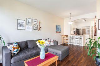"Photo 4: 302 2175 SALAL Drive in Vancouver: Kitsilano Condo for sale in ""SAVONA"" (Vancouver West)  : MLS®# R2404748"