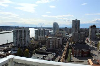 "Photo 21: 1806 39 SIXTH Street in New Westminster: Downtown NW Condo for sale in ""QUANTUM"" : MLS®# R2408457"