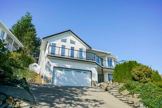 Main Photo: 2265 MOUNTAIN Drive in Abbotsford: Abbotsford East House for sale : MLS®# R2420670