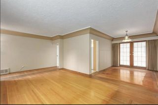 Photo 3: 3399 EDGEMONT Boulevard in North Vancouver: Edgemont House for sale : MLS®# R2424242