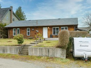 Photo 10: 2582 WINDERMERE Avenue in CUMBERLAND: CV Cumberland House for sale (Comox Valley)  : MLS®# 833211