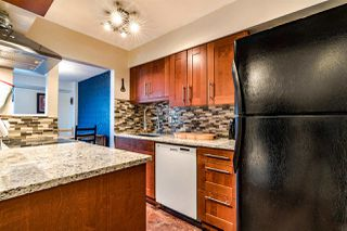 "Photo 3: 602 47 AGNES Street in New Westminster: Downtown NW Condo for sale in ""FRASER HOUSE"" : MLS®# R2437509"