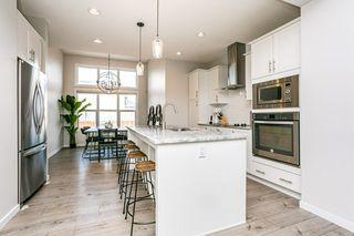Photo 8: 8524 24 Avenue in Edmonton: Zone 53 House for sale : MLS®# E4198895