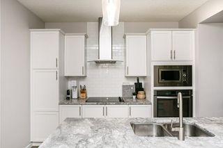 Photo 10: 8524 24 Avenue in Edmonton: Zone 53 House for sale : MLS®# E4198895