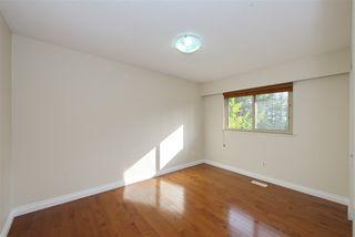 Photo 15: 10631 SANTA MONICA Drive in Delta: Nordel House for sale (N. Delta)  : MLS®# R2489773