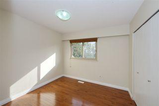 Photo 14: 10631 SANTA MONICA Drive in Delta: Nordel House for sale (N. Delta)  : MLS®# R2489773