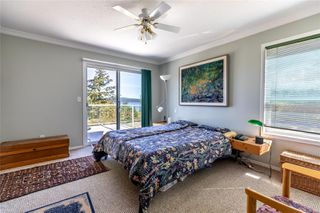 Photo 17: 400 Holiday Rd in : CV Union Bay/Fanny Bay House for sale (Comox Valley)  : MLS®# 855565