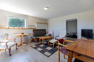 Photo 21: 400 Holiday Rd in : CV Union Bay/Fanny Bay House for sale (Comox Valley)  : MLS®# 855565
