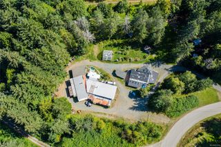 Photo 2: 400 Holiday Rd in : CV Union Bay/Fanny Bay House for sale (Comox Valley)  : MLS®# 855565