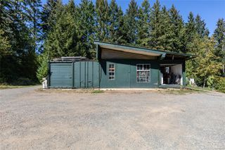 Photo 36: 400 Holiday Rd in : CV Union Bay/Fanny Bay House for sale (Comox Valley)  : MLS®# 855565