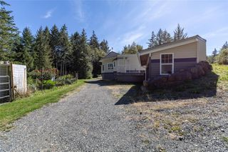 Photo 34: 400 Holiday Rd in : CV Union Bay/Fanny Bay House for sale (Comox Valley)  : MLS®# 855565