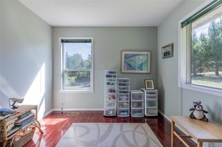 Photo 16: 400 Holiday Rd in : CV Union Bay/Fanny Bay House for sale (Comox Valley)  : MLS®# 855565