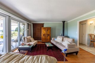 Photo 13: 400 Holiday Rd in : CV Union Bay/Fanny Bay House for sale (Comox Valley)  : MLS®# 855565