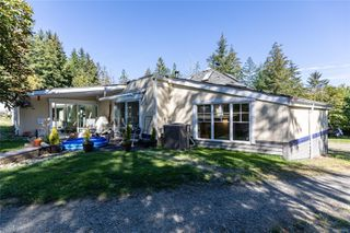 Photo 32: 400 Holiday Rd in : CV Union Bay/Fanny Bay House for sale (Comox Valley)  : MLS®# 855565
