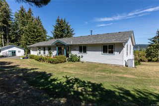 Photo 28: 400 Holiday Rd in : CV Union Bay/Fanny Bay House for sale (Comox Valley)  : MLS®# 855565