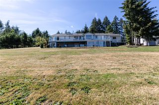 Photo 29: 400 Holiday Rd in : CV Union Bay/Fanny Bay House for sale (Comox Valley)  : MLS®# 855565