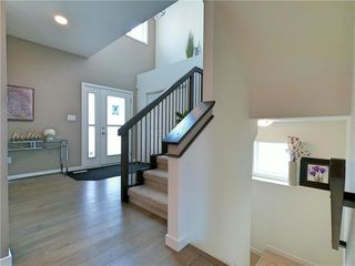 Photo 3: 29 McCrindle Bay in Winnipeg: Residential for sale (1H)  : MLS®# 202023573