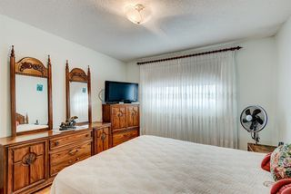 Photo 12: 35 Thornaby Crescent NW in Calgary: Thorncliffe Detached for sale : MLS®# A1046988