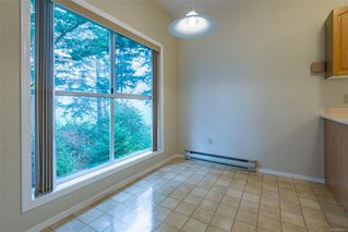 Photo 5: 308 1686 Balmoral Ave in : CV Comox (Town of) Condo for sale (Comox Valley)  : MLS®# 861312