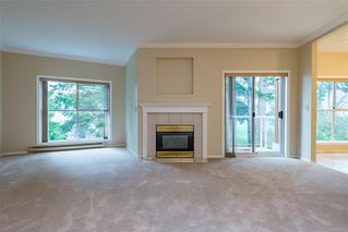 Photo 2: 308 1686 Balmoral Ave in : CV Comox (Town of) Condo for sale (Comox Valley)  : MLS®# 861312