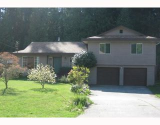 "Photo 1: 587 OCEANVIEW Drive in Gibsons: Gibsons & Area House for sale in ""WOODCREEK PARK"" (Sunshine Coast)  : MLS®# V645996"