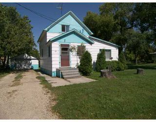 Photo 1: 25 RIVER Avenue in ST JEAN: Manitoba Other Single Family Detached for sale : MLS®# 2715419