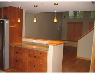 "Photo 4: 219 336 E 1ST Avenue in Vancouver: Mount Pleasant VE Condo for sale in ""ARTECH"" (Vancouver East)  : MLS®# V675082"