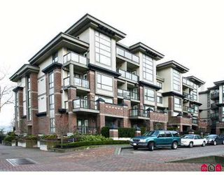 "Photo 6: 10866 CITY Parkway in Surrey: Whalley Condo for sale in ""THE ACCESS"" (North Surrey)  : MLS®# F2702871"