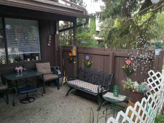 Photo 2: 132 HEARTHSTONE Road in Edmonton: Zone 14 Townhouse for sale : MLS®# E4168771