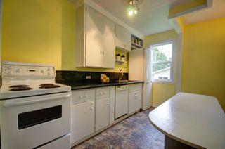 Photo 2:  in Edmonton: House for sale : MLS®# E4164792