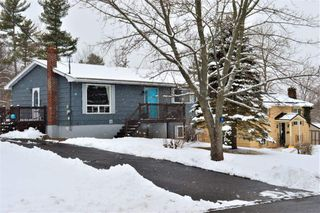 Main Photo: 9 Maple Drive in New Minas: 404-Kings County Residential for sale (Annapolis Valley)  : MLS®# 202003843