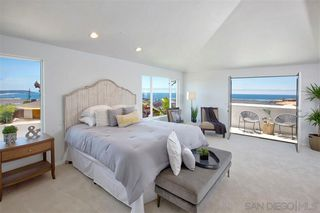 Photo 13: LA JOLLA House for sale : 4 bedrooms : 918 SANDPIPER PL
