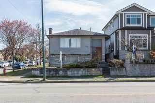 Photo 11: 896 E KING EDWARD Avenue in Vancouver: Fraser VE House for sale (Vancouver East)  : MLS®# R2480504