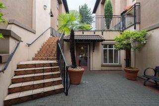 """Photo 4: 15 3036 W 4TH Avenue in Vancouver: Kitsilano Condo for sale in """"Santa Barbara"""" (Vancouver West)  : MLS®# R2483963"""